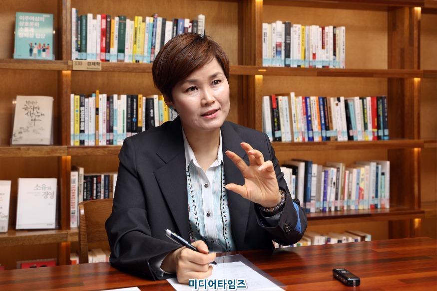 의원 보도자료 사진.jpg