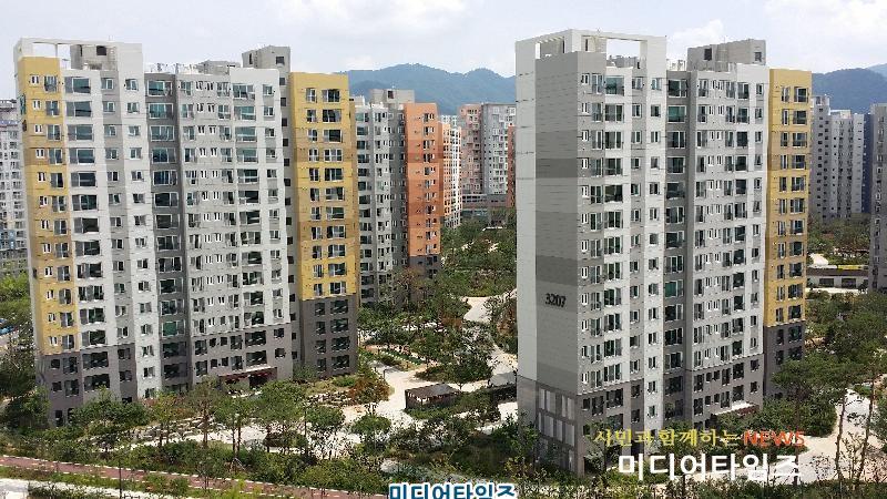 경기 위례신도시의 한 아파트 모습..jpg