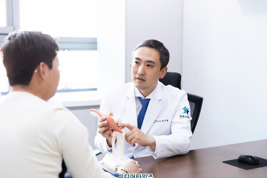 권오룡 병원장(연세스타병원).jpg